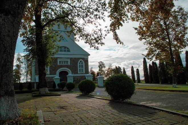 Šv. Onos bažnyčia ir varpinė